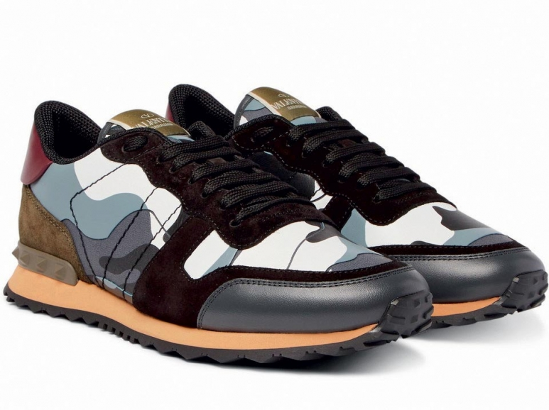 Valentino-Garavani-Rockrunner-Camouflage-Print-Canvas,-Leather-And-Suede-Sneakers2.jpg